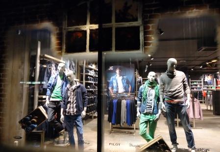 De-glazen-boerderij-Jeans-Centre-3